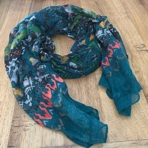 Scarves 3 for $22 or 1 for $8